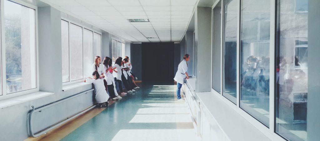 BGH Entgeltbindung einer mit einem Plankrankenhaus verbundenen Privatklinik